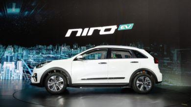 Электрокроссовер Kia Niro EV - вид сбоку.